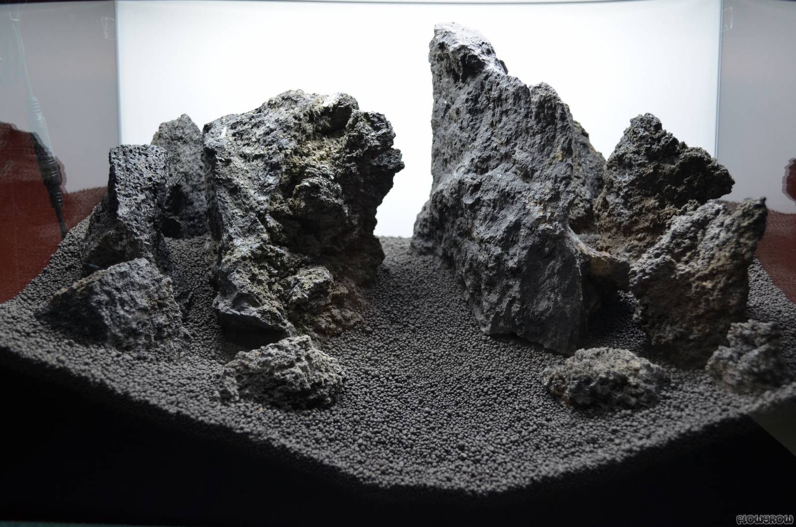 Black Lava Mountains - Flowgrow Aquascape/Aquarien-Datenbank
